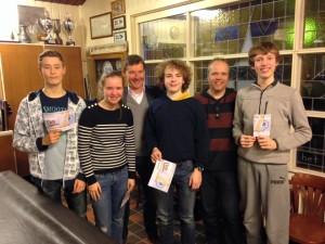 Thomas, Veerle, Tijmen en Tycho behalen hun CWO 2-diploma.